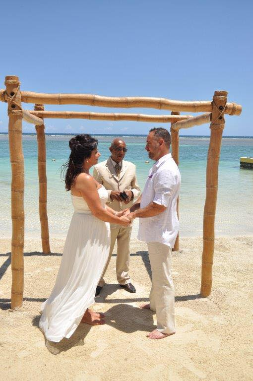 Theresa and Chris Wright get married at Sandals Royal Caribbean in Jamaica