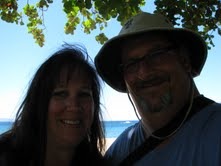 Joe Hurley and Ann Fleischman honeymoon in Oahu at the Hilton Hawaiian Village