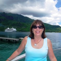 Gayle Zielke is your Certified Tahiti Tiare Specialist
