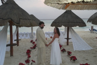Another stress free destination wedding at Sandos Playacar!