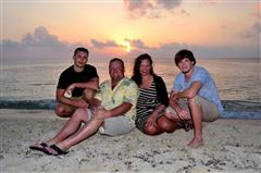 Lee, Mary, Robbie and Casey Greivell at the Occidental Grand Cozumel
