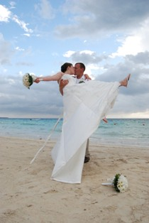 Getting married in Jamaica is a snap!